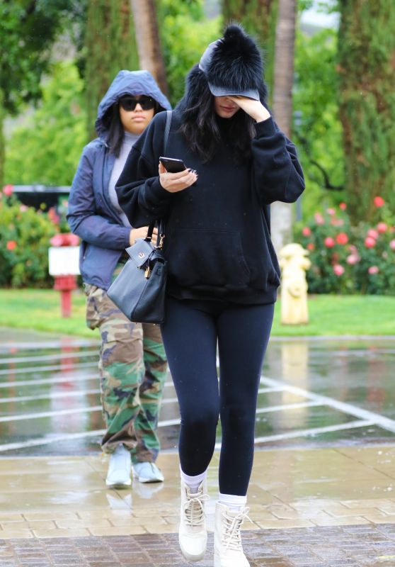 Kylie Jenner - Bundling Up in Comfy Clothes on Her Way to lunch With BFF Jordyn Wood 4/9/2016
