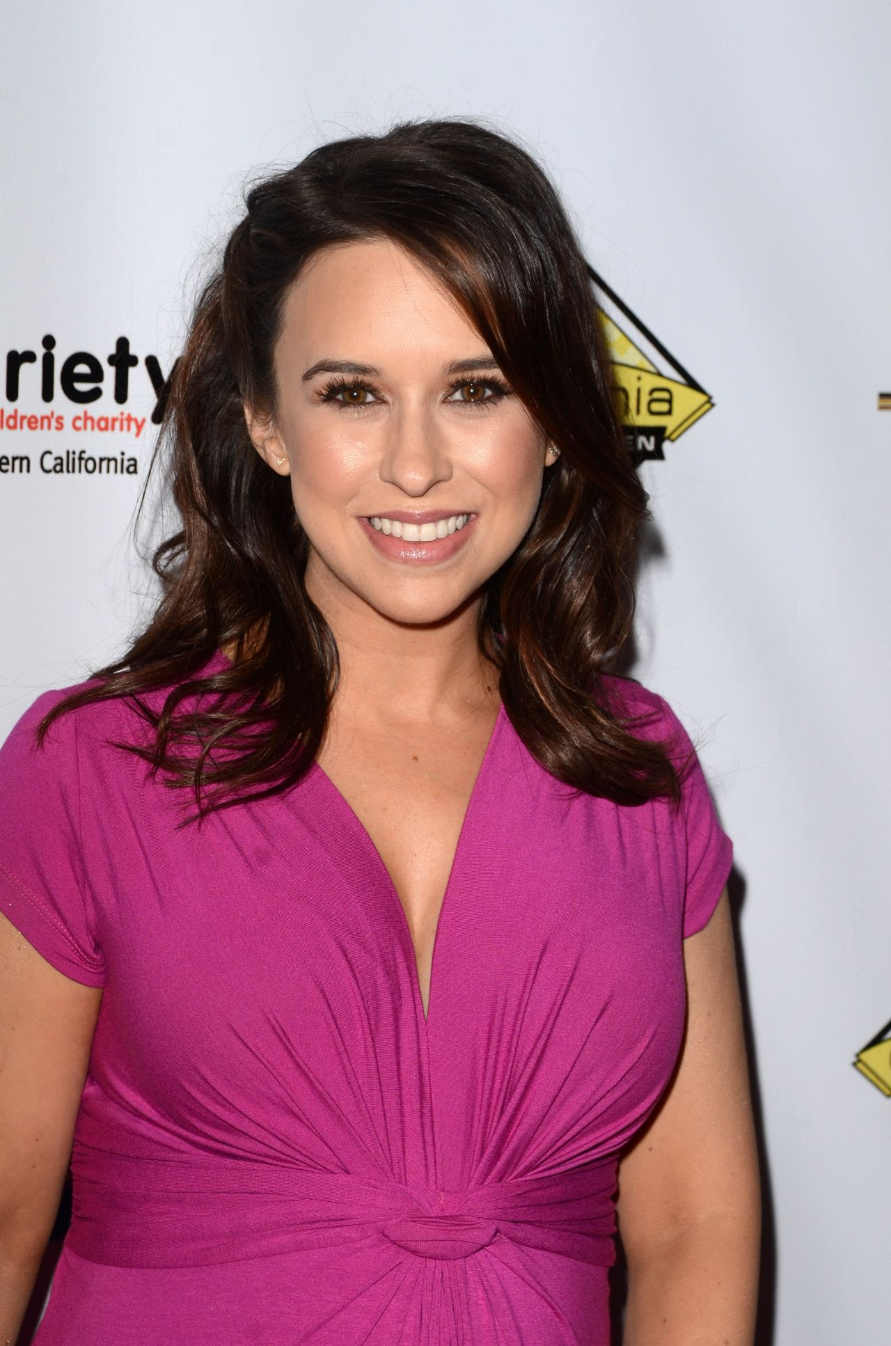Lacey Chabert 2016 Milk Bookies Story Time Celebration