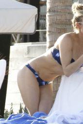 LeAnn Rimes Bikini Candidis - Cabo San Lucas, April 2016