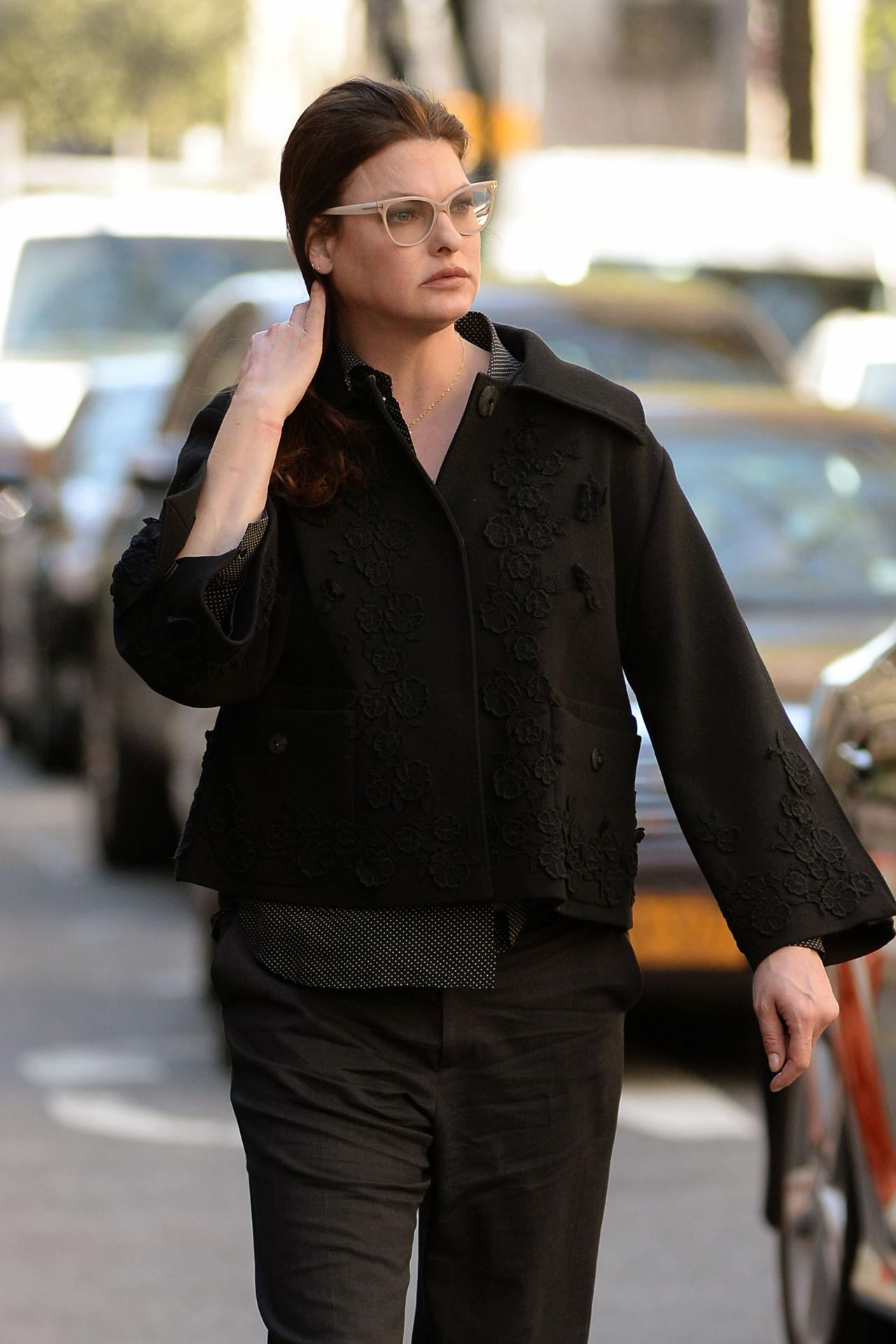 Linda Evangelista Nearly Unrecognizable - Out the West Village, April ... Anne Hathaway