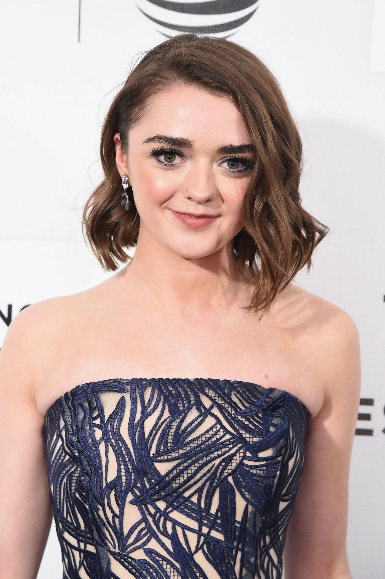 maisie williams - photo #6