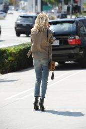 Malin Ackerman Shopping on Melrose California 4/11/2016