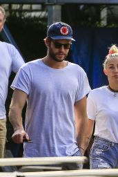 Miley Cyrus - Out in Australia 4/27/2016