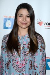 Miranda Cosgrove – 2016 Milk + Bookies Story Time Celebration at California Market Center in Los Angeles