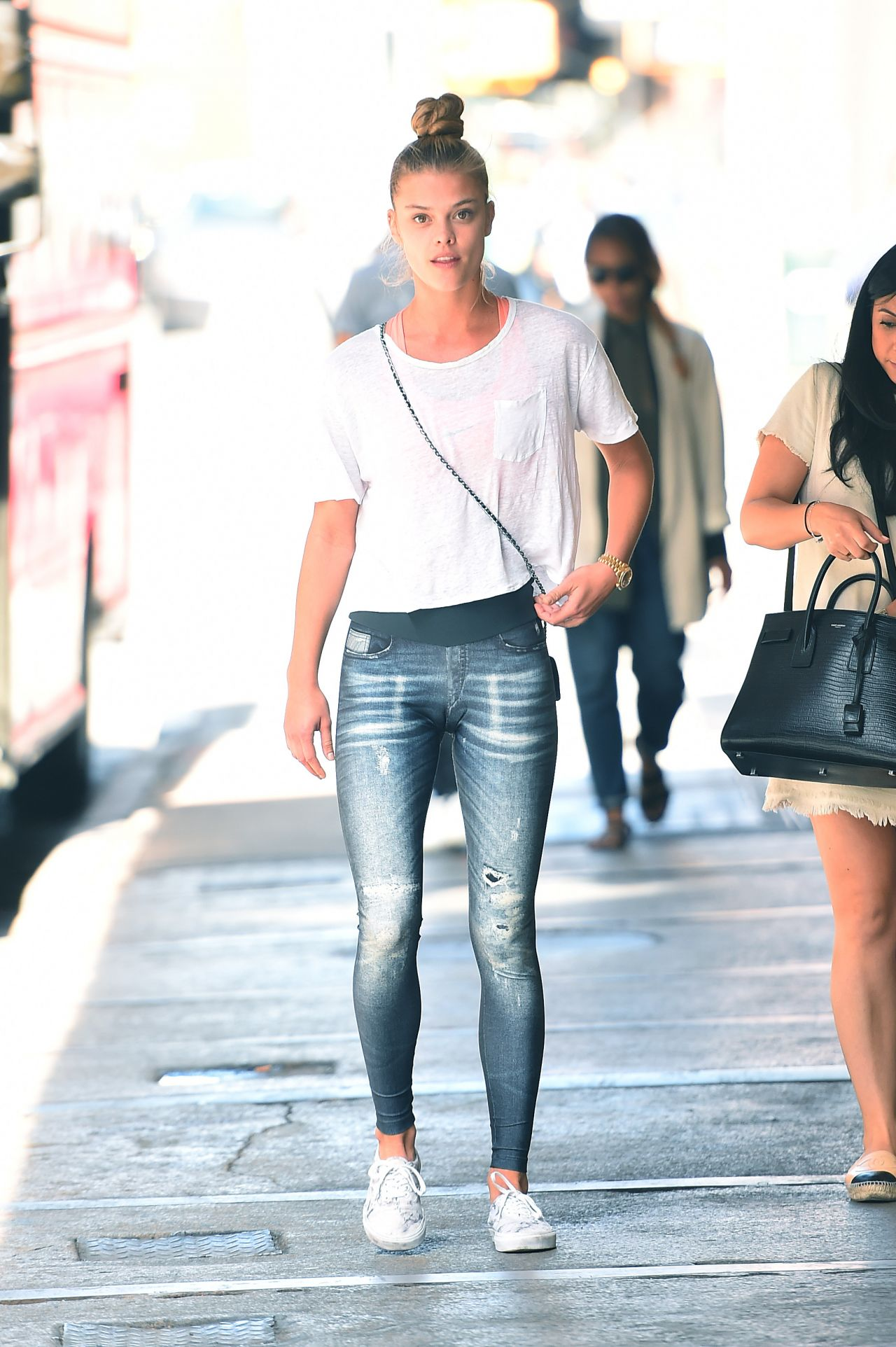 Nina Agdal In Jean Look Leggings - Out In Soho In New York -3018