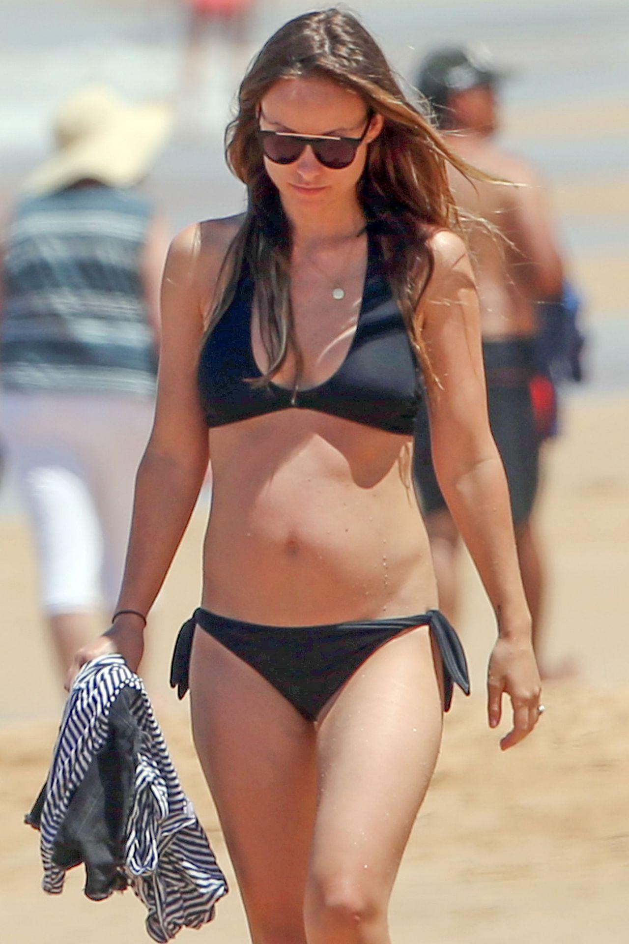 Olivia Wilde In A Bikini At A Beach In Hawaii 4 22 2016