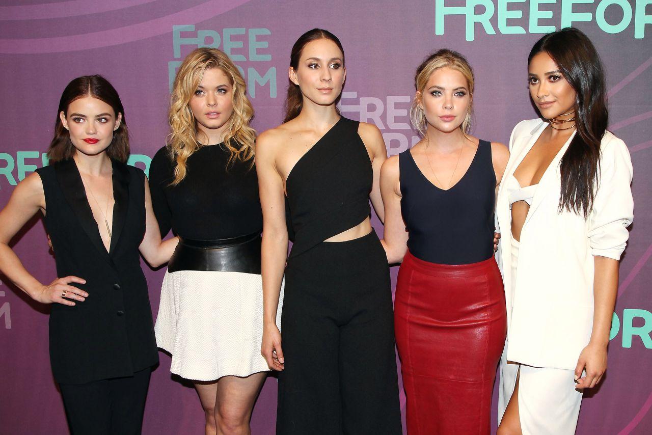Pretty Little Liars Cast 2016 Abc Freeform Upfront In
