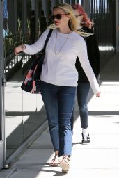 Reese Witherspoon and Ava Phillipe - Out in Los Angeles 4/25/2016