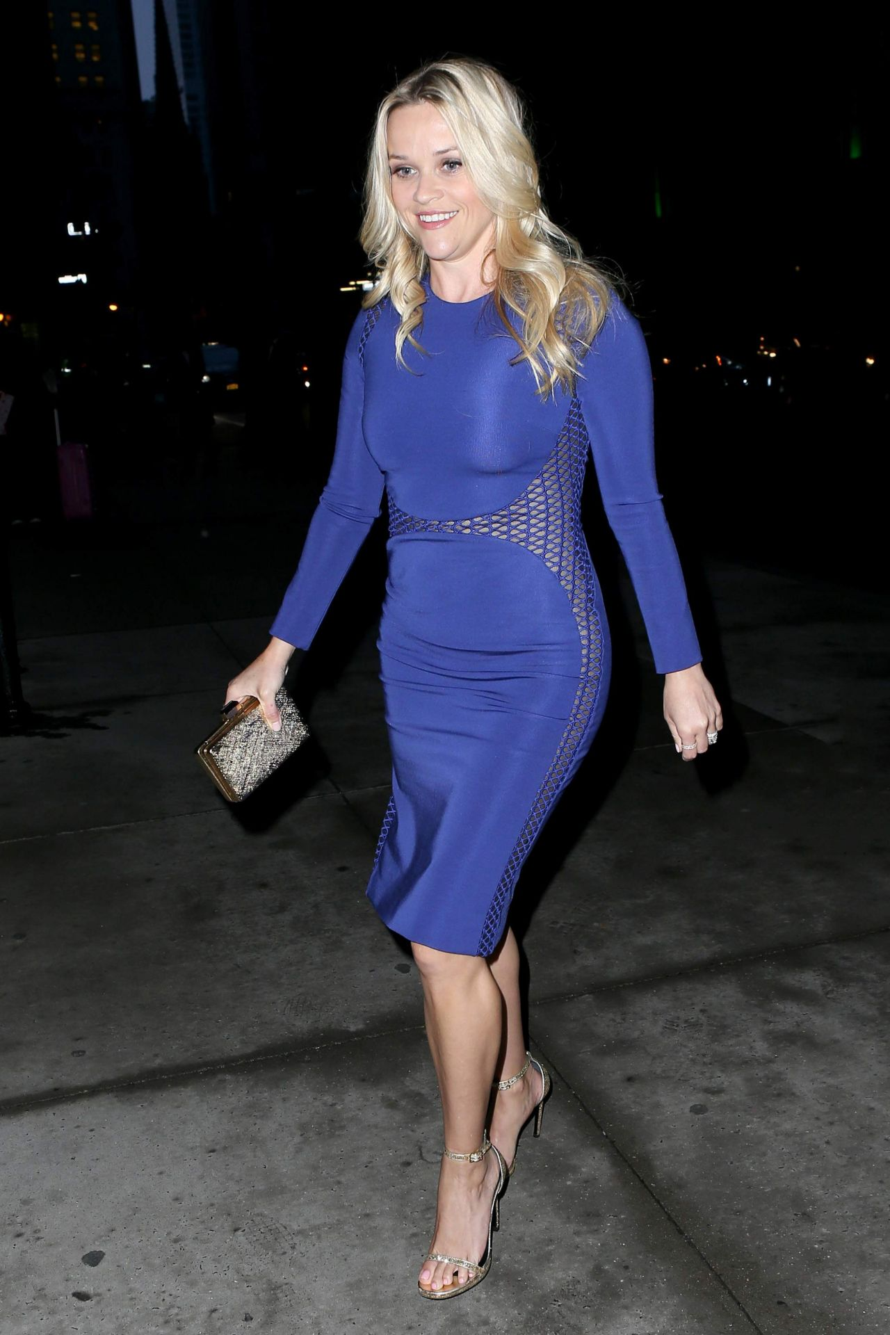 Reese Witherspoon - Stand Up To Cancer' Event in New York ... | 1280 x 1920 jpeg 233kB