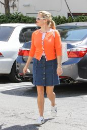 Reese Witherspoon Style - Out in Los Angeles, 4/01/2016