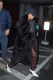 Rihanna -Visits a Dentist