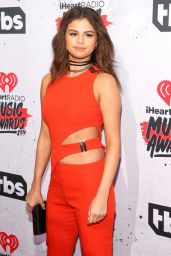 Selena Gomez – iHeartRadio Music Awards 2016 in Inglewood
