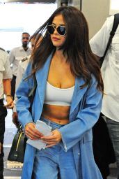 Selena Gomez Style - at Miami International Airport, 4/9/2016