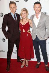 Sienna Miller on Red Carpet -