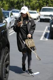 Sofia Richie - Lunches at Mauro