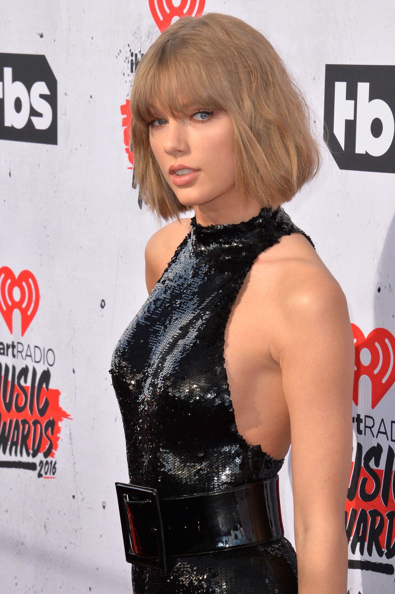 Taylor Swift - Iheartradio Music Awards 2016 In Inglewood-4735