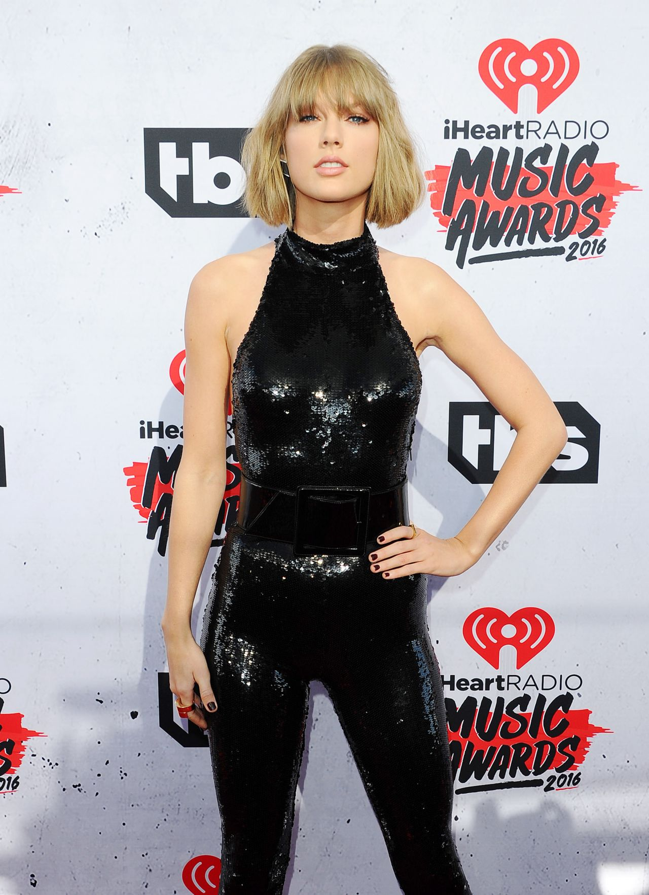 Taylor Swift Iheartradio Music Awards 2016 In Inglewood