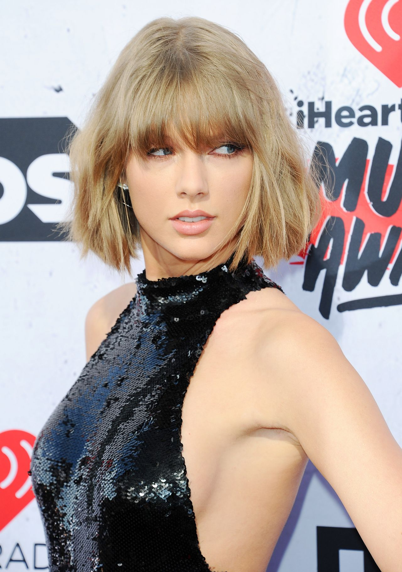 Taylor Swift - iHeartRadio Music Awards 2016 in Inglewood Taylor Swift