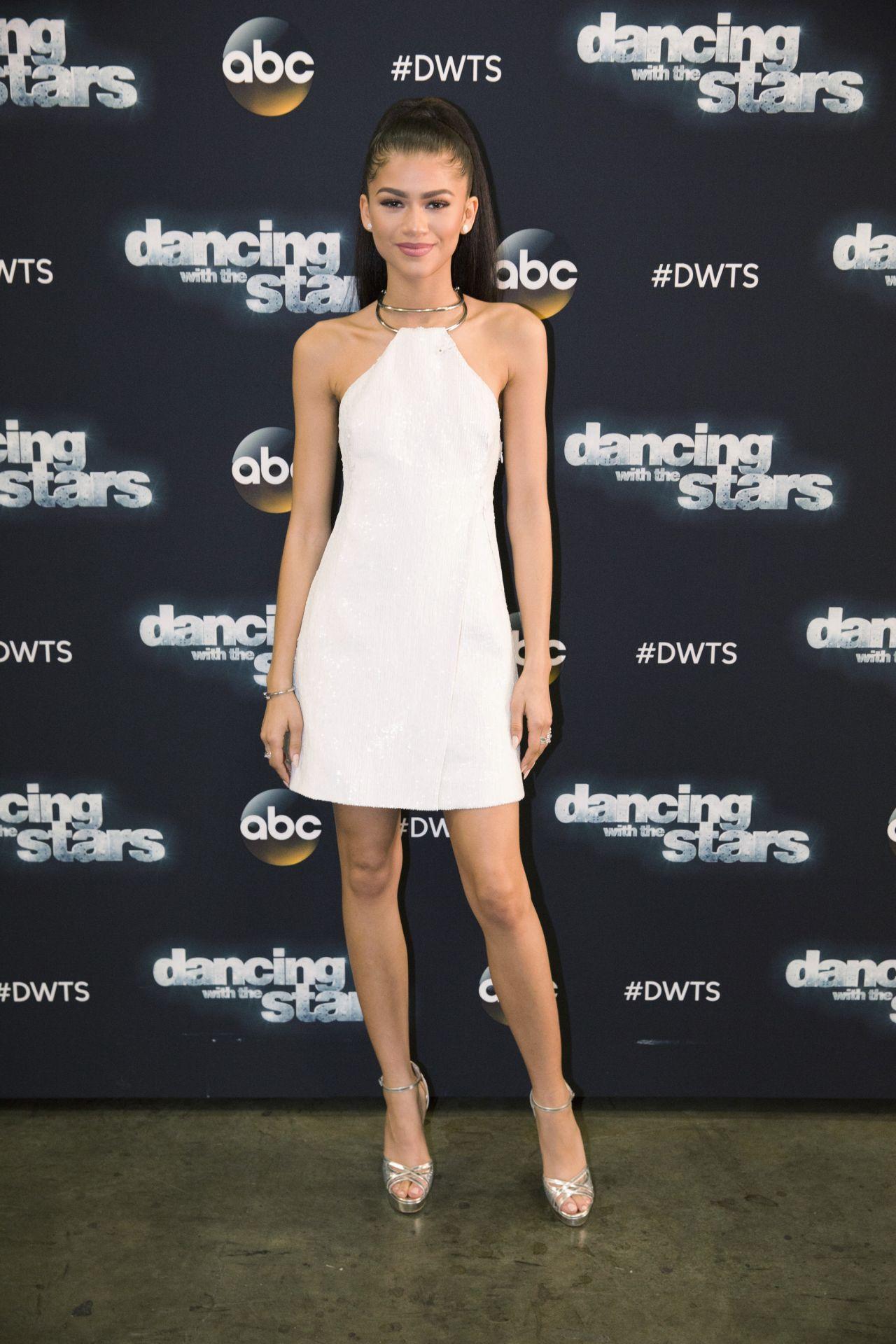 Zendaya Dancing With The Stars Outfit Zendaya Coleman...
