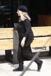 Barbara Streisand - Out for Lunch at Sugarfish in Beverly Hills 5/10/2016