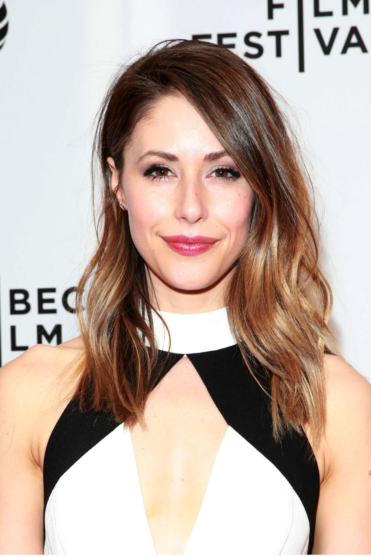 Amanda Crew Poor Boy Premiere 2016 Tribeca Film Festival In NYC