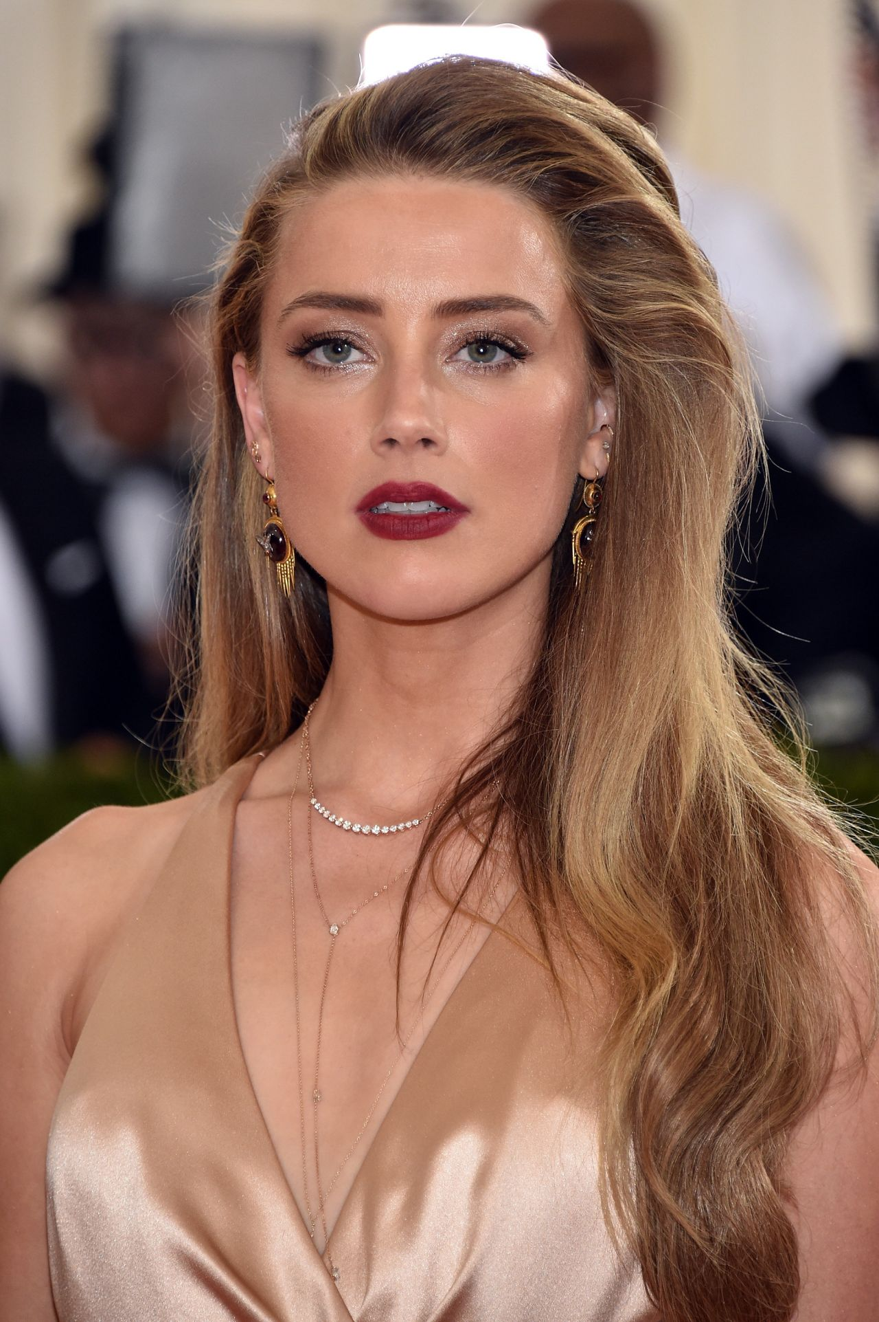 Amber Heard – Met Co...