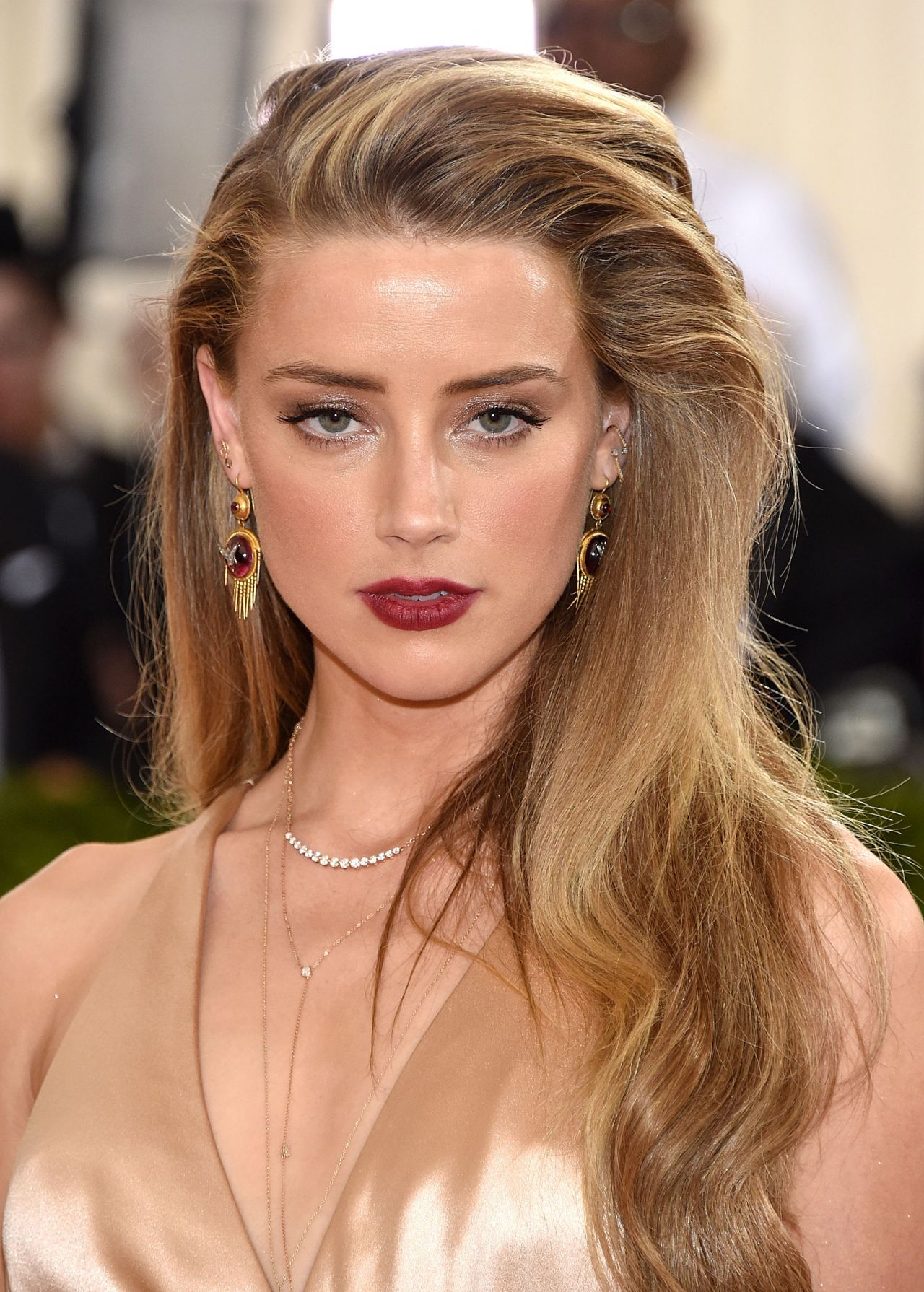 Amber Heard Met Costume Institute Gala 2016 In New York