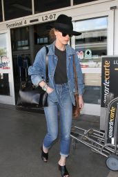 Amber Heard Travel Outfit - at LAX Airport in Los Angeles, 5/6/2016