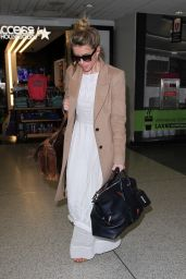 Amber Heard Travel Style - LAX Airport in Los Angeles 5/18/2016