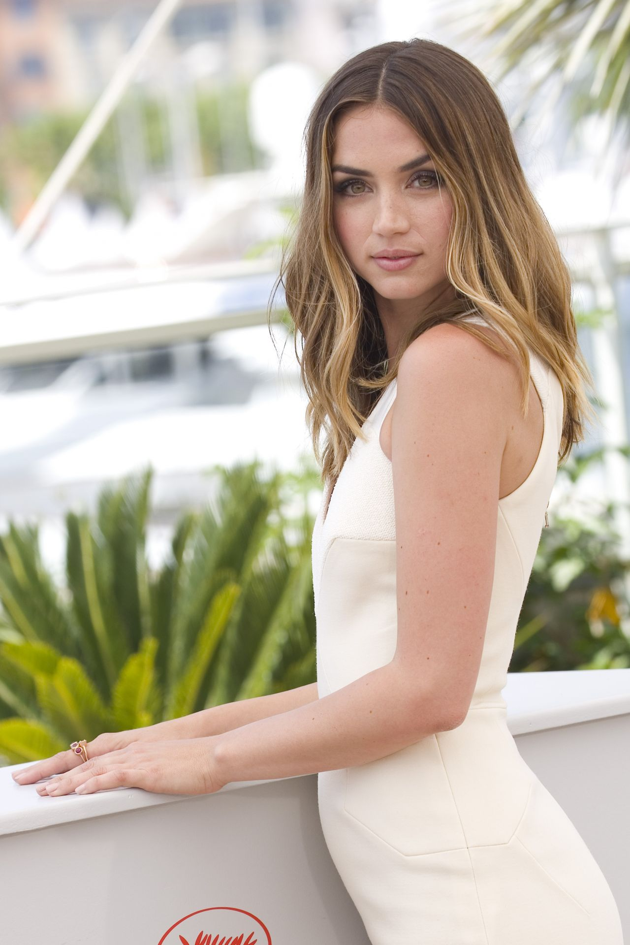 Ana de armas party and lies - 2 1