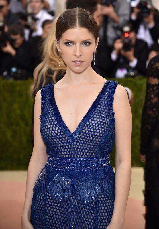 Anna Kendrick – Met Costume Institute Gala 2016 in New York