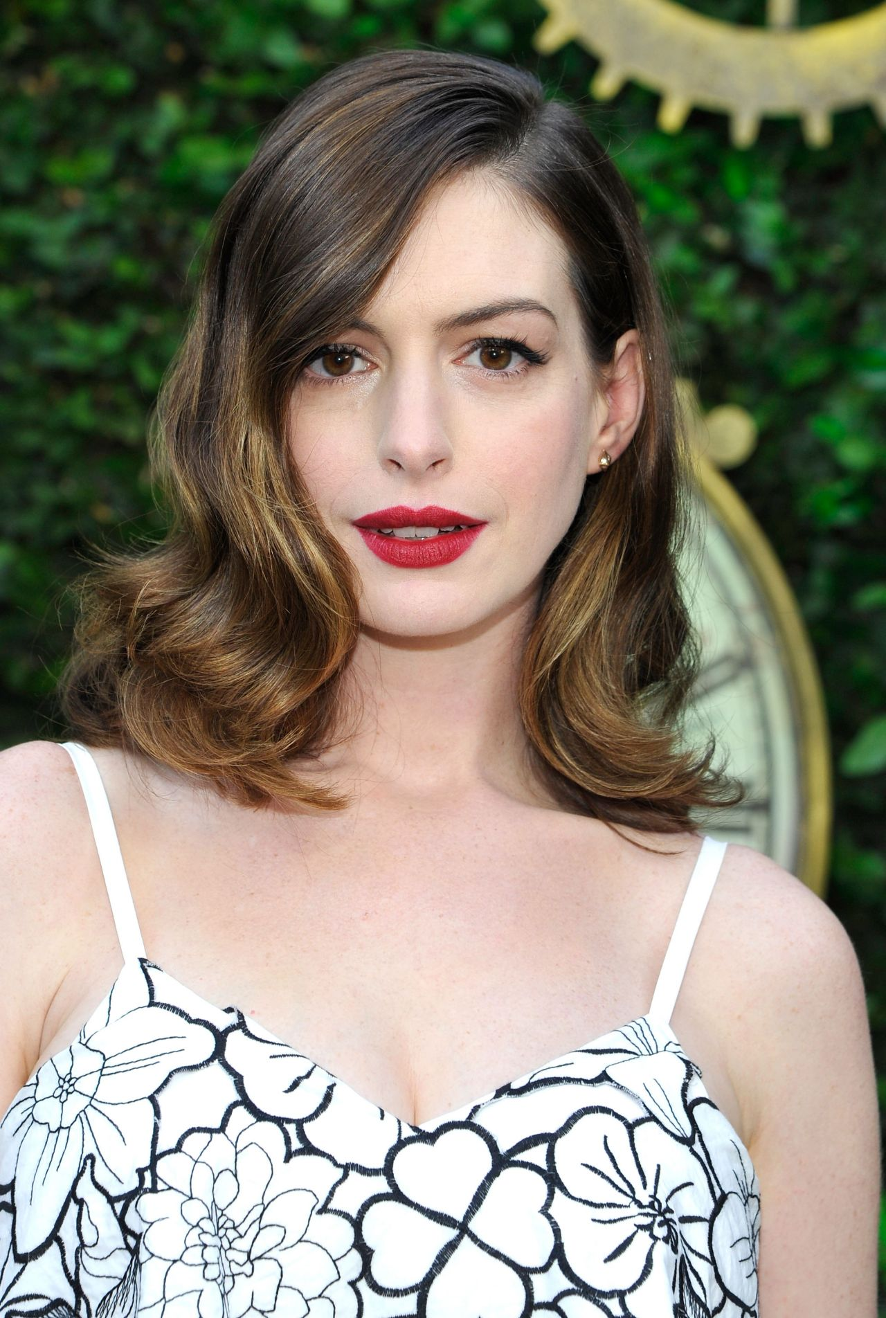 Anne Hathaway - 'Alice Through the Looking Glass' Event in ... Anne Hathaway