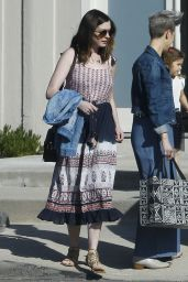 Anne Hathaway Casual Outfit - Los Angeles 5/11/2016