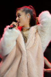 Ariana Grande - The Village at 102.7 KIIS FM