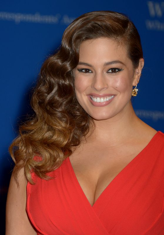 Ashley Graham – White House Correspondents' Dinner in Washington DC 4/30/2016