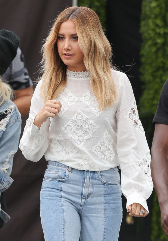 Ashley Tisdale Spring Outfit Ideas - on the Set of Extra in Hollywood 5/31/2016