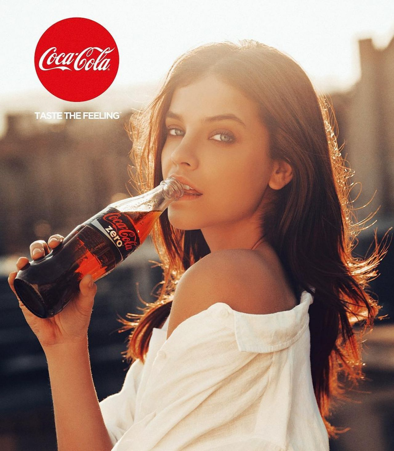 coca cola ad campaign Coca-cola's new advertising campaign positions itself as part of the solution to north america's obesity epidemic, but nutrition experts call it a distraction from the food and beverage industry's contributions to the problem.