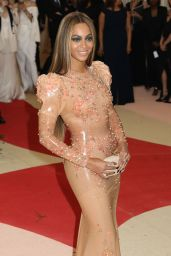 Beyonce – Met Costume Institute Gala 2016 in New York