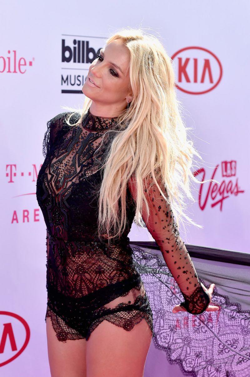 Britney spears 2016 billboard music awards performance