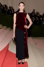Caitriona Balfe - 2016 Costume Institute Met Gala in New York
