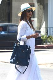 Camila Alves - Shops at Chloe Boutique on Melrose Place 5/9/2016