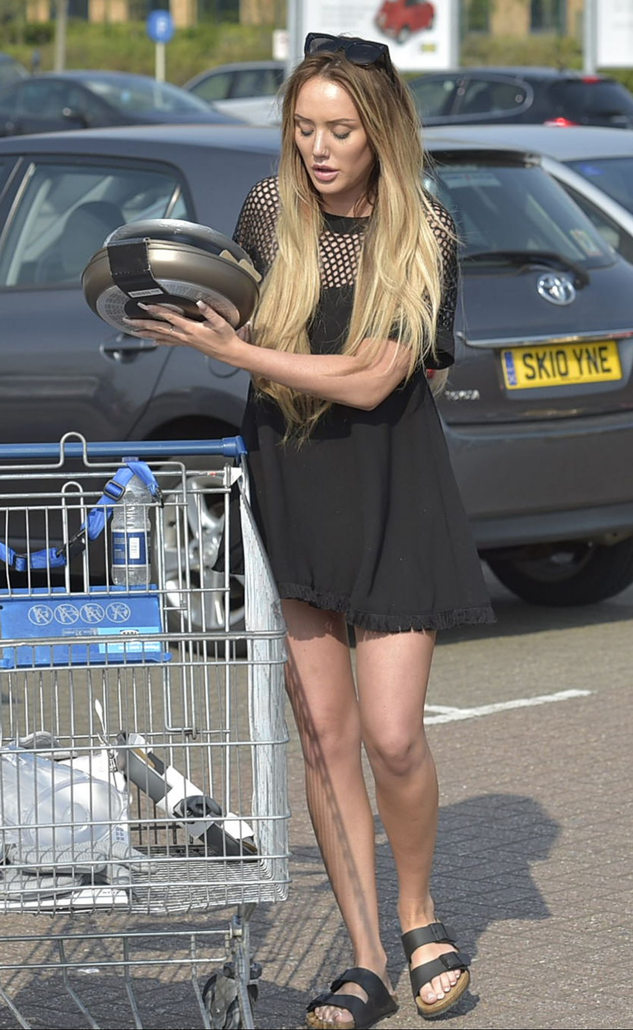 Charlotte Crosby Shopping At Ikea In Newcastle Uk 5 8 2016