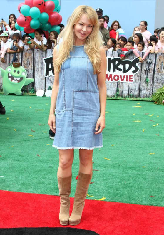 Charlotte Ross – 'The Angry Birds Movie' Premiere in Westwood 5/7/2016