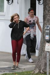 Chloë Grace Moretz in Leggings - Shopping at XIV Karats in Los Angeles 5/20/2016