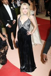 Dakota Fanning – Met Costume Institute Gala 2016 in New York