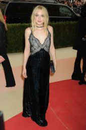 Dakota Fanning – Met Costume Institute Gala 2016 in New York