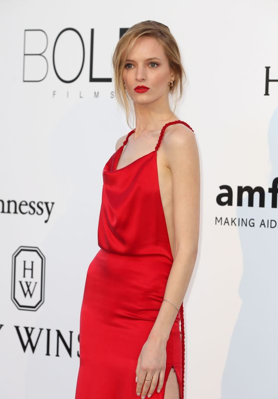 Daria Strokous – amfAR's Cinema Against AIDS Gala in Cap d'Antibes, France, 5/19/2016
