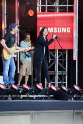 Demi Lovato at The Jimmy Kimmel Show in Los angeles 5/24/2016