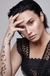Demi Lovato Photos - Refinery 2016