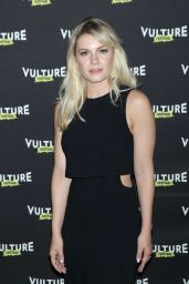 Elisha Cuthbert - Happy Endings Reunion at the 2016 Vulture Festival in NYC 5/22/2016